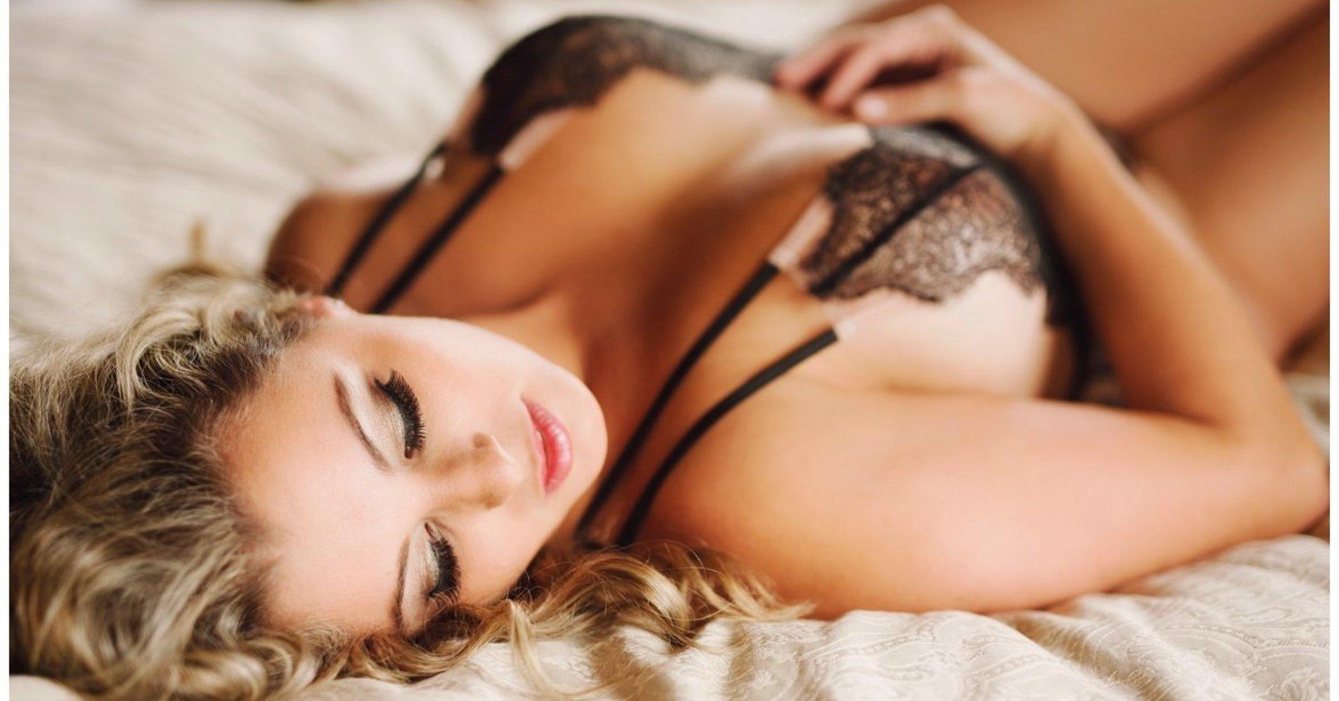 Фото интимные сексуальные, Красивые интимные фото девушек и женщин смотреть 7 фотография