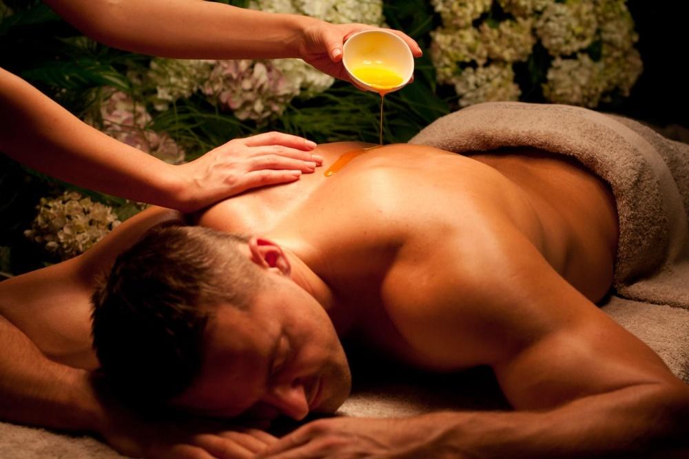 Как делается массаж для мужчины